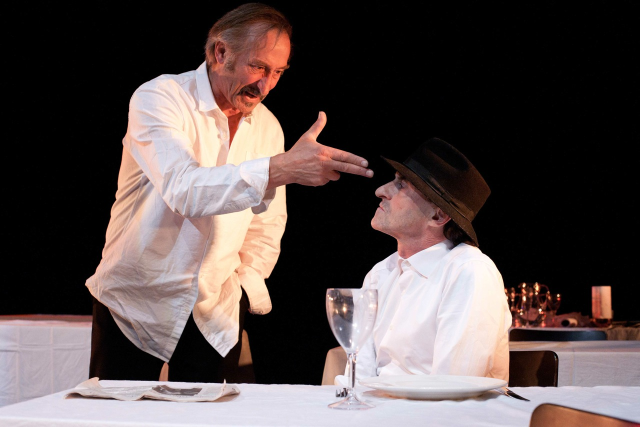 "Scene in the theatre play ""De nazi en de kapper"" with René Groothof and René van 't Hof."